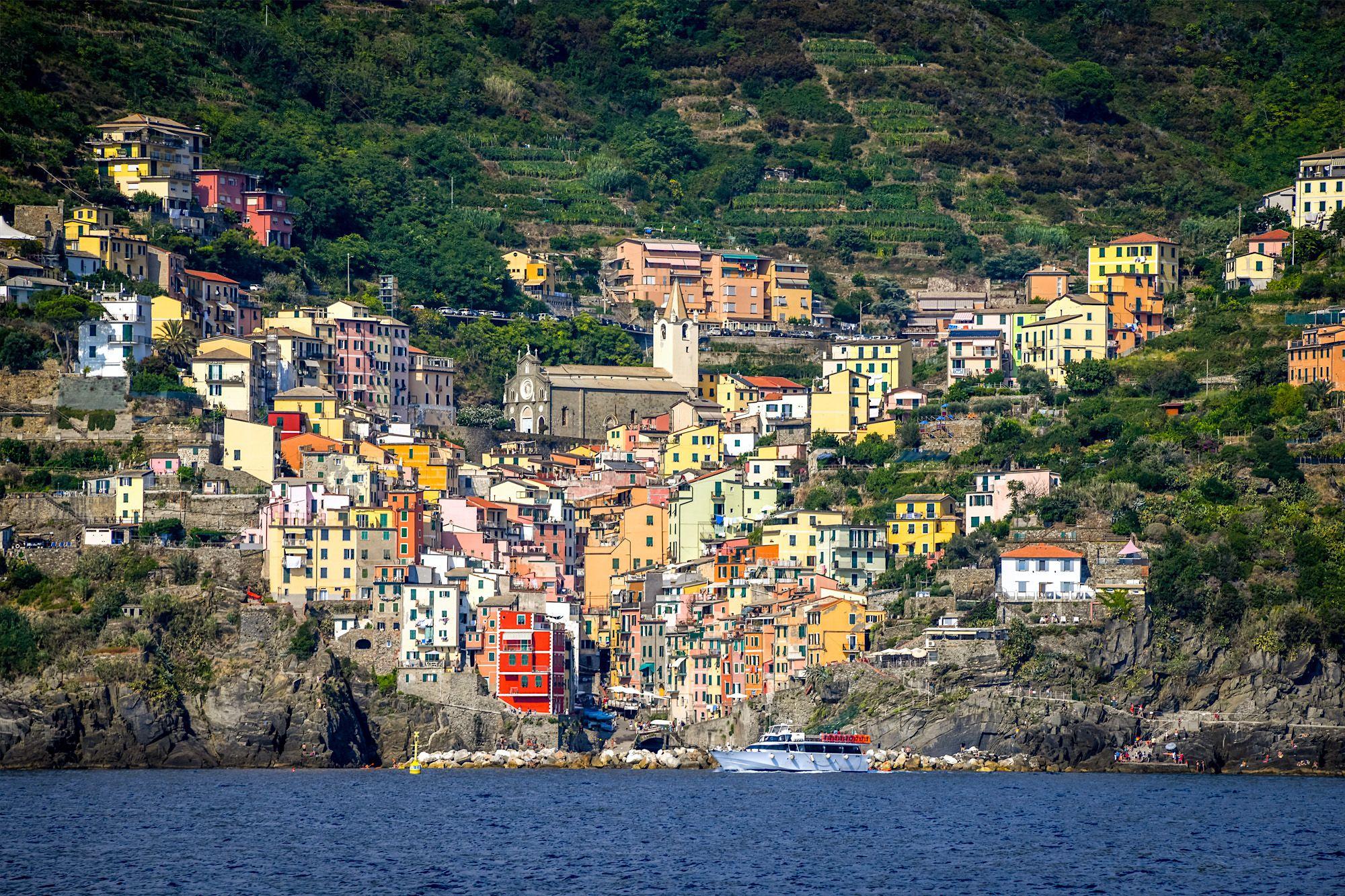 Cesare Charter Portofino - Tour Cinque Terre, Riomaggiore