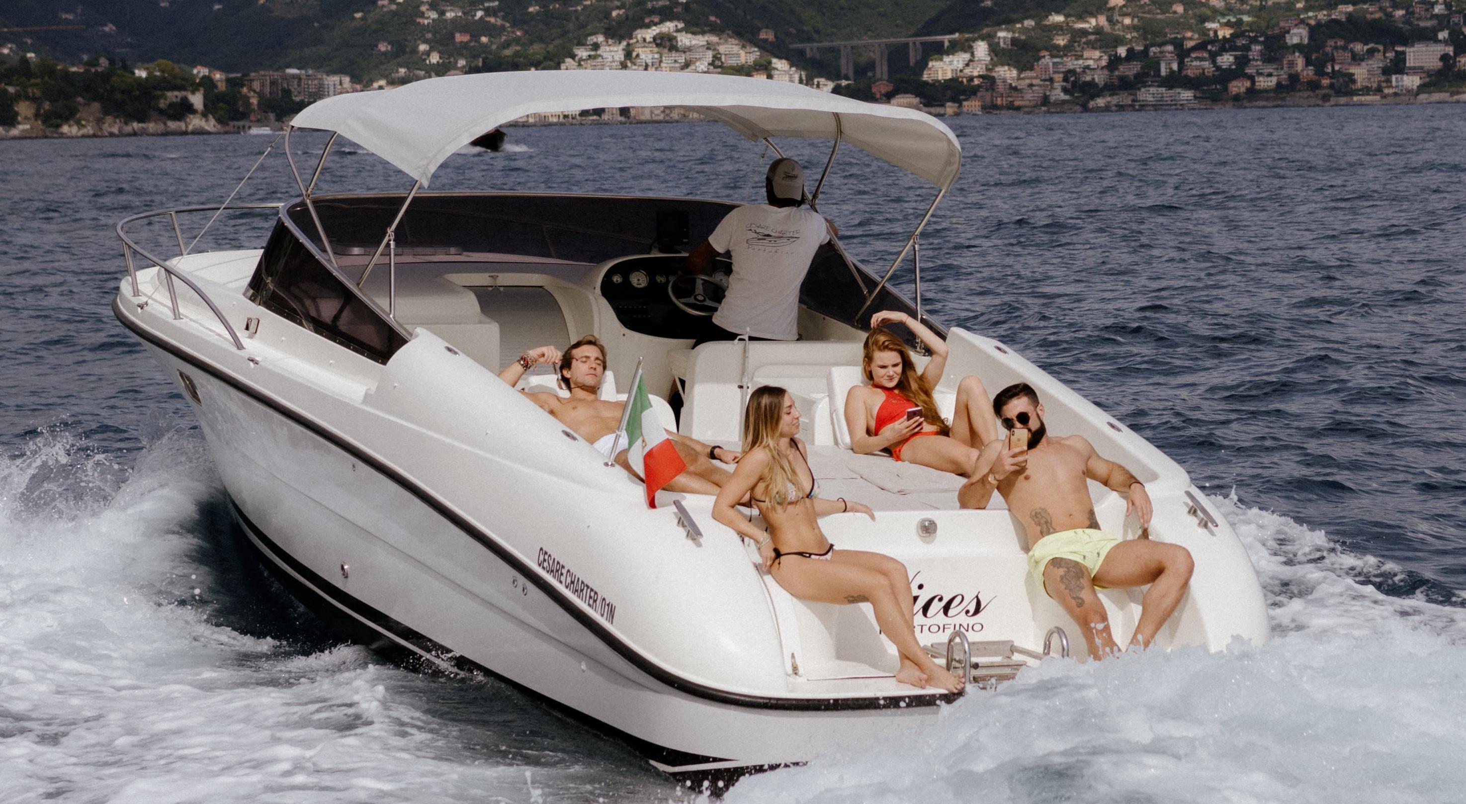 Cesare Charter Portofino - condividi sui social